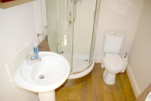 Ensuite, Luxury Holiday Home, Liverpool