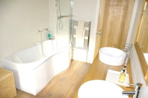 Family Bathroom, Luxury Holiday Home, Liverpool