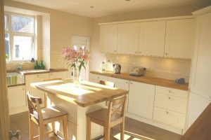Kitchen Island, Luxury Holiday Home, Liverpool